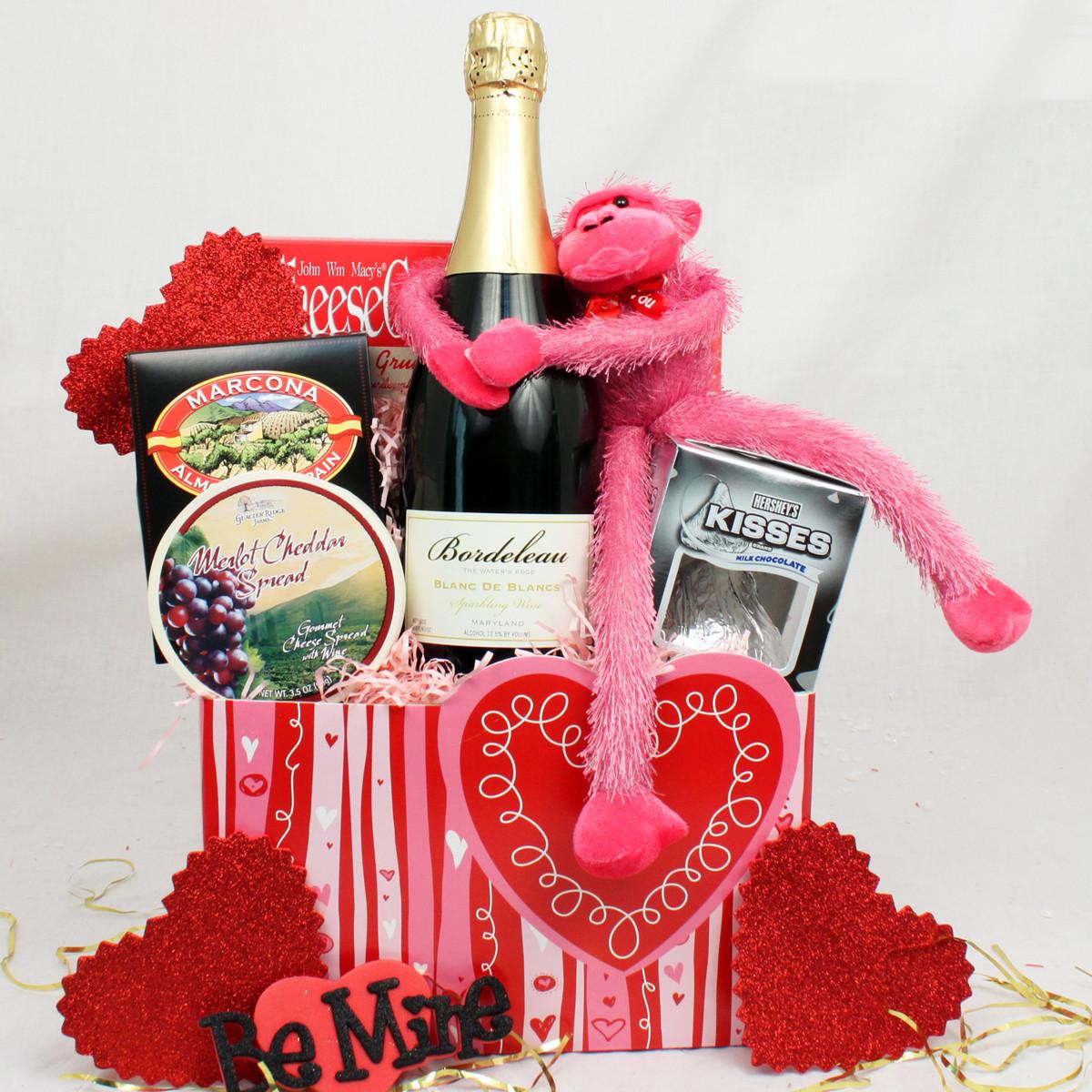 Valentine Day Gift Basket Ideas  Valentine Gift Baskets Ideas InspirationSeek