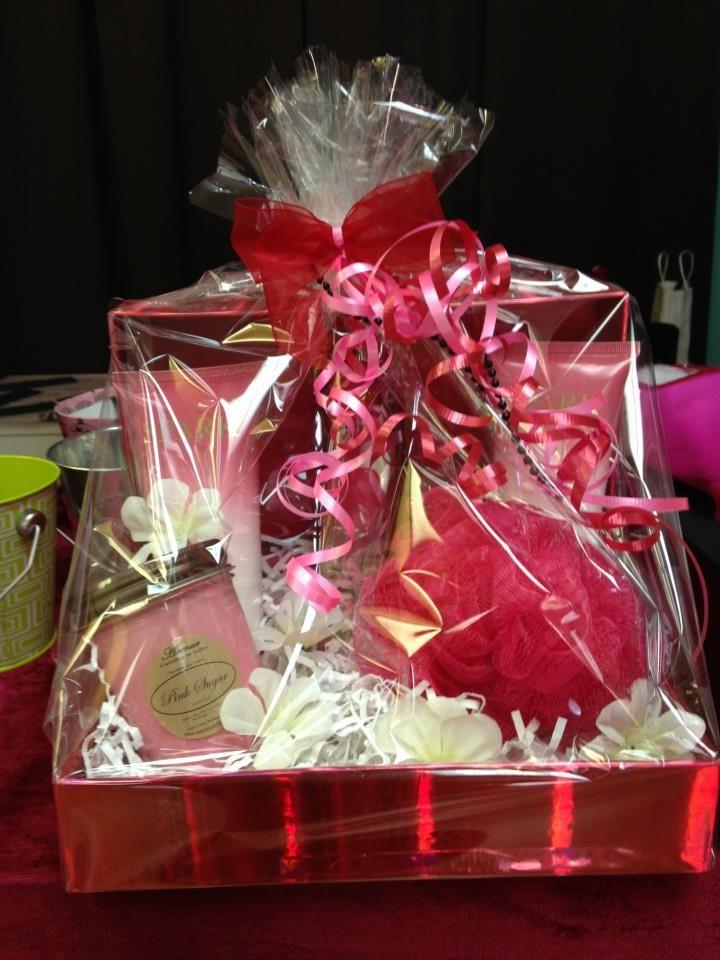 Valentine Day Gift Basket Ideas  Best 25 Valentine s day t baskets ideas on Pinterest
