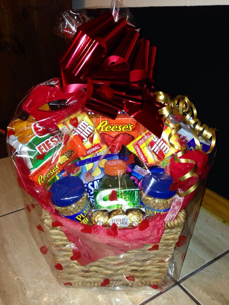 Valentine Day Gift Basket Ideas  28 best Valentine s Day basket Ideas images on Pinterest