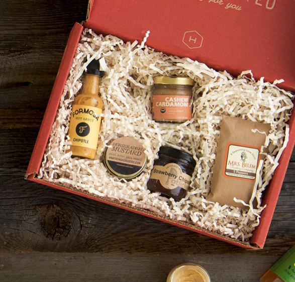 Valentine Day Gift Box Ideas  16 Valentine s Day Gift Ideas Men Want