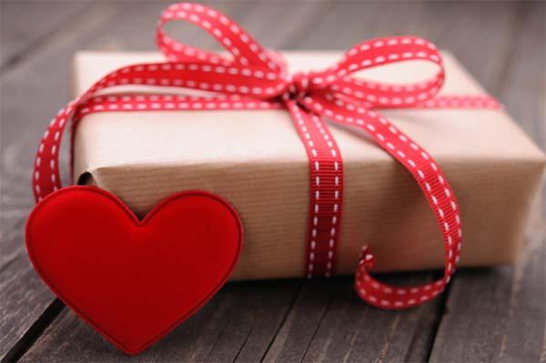 Valentine Day Gift Box Ideas  60 Inexpensive Valentine s Day Gift Ideas