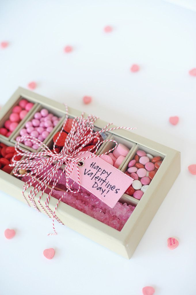 Valentine Day Gift Box Ideas  17 best ideas about Candy Boxes on Pinterest