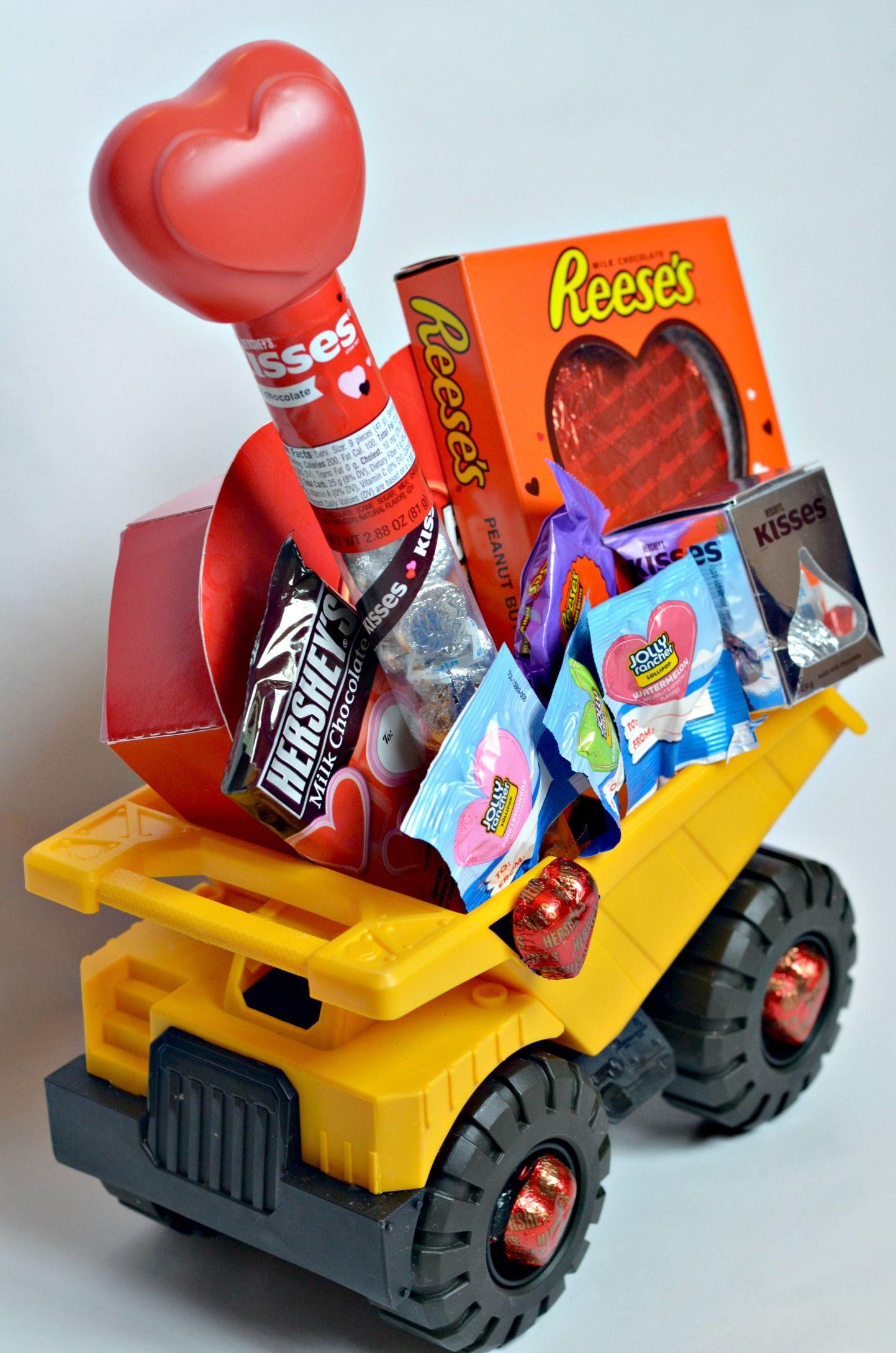Valentine Gift Ideas For Child  2 Sweet Kids Valentine Baskets HSYMessage Love