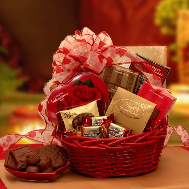 Valentine'S Day Gift Delivery Ideas  1000 ideas about Valentine Gift Baskets on Pinterest