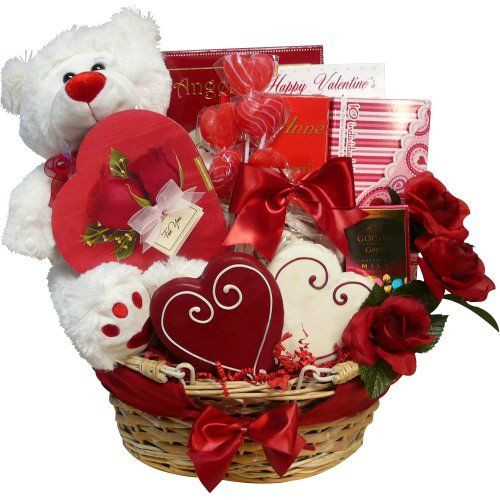 Valentines Day Gift Basket Ideas  1000 ideas about Valentine s Day Gift Baskets on