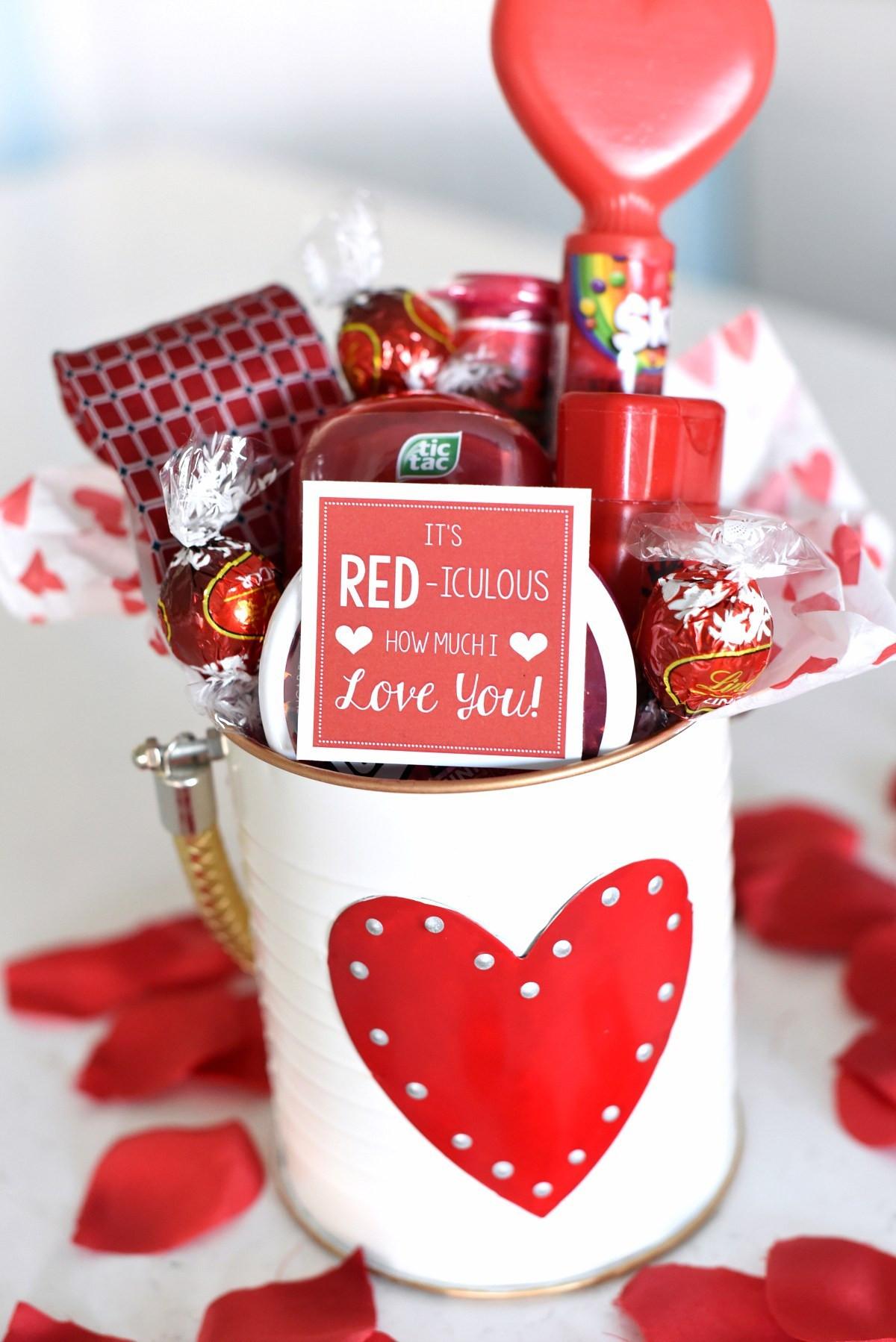 Valentines Day Gift Basket Ideas  25 DIY Valentine s Day Gift Ideas Teens Will Love