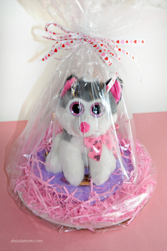 Valentines Day Gift Basket Ideas  Valentine s Day Basket Ideas for Kids About A Mom