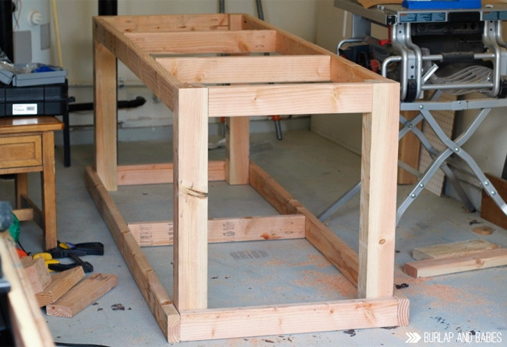 Workbench Plans DIY  How to Build a Rolling Workbench