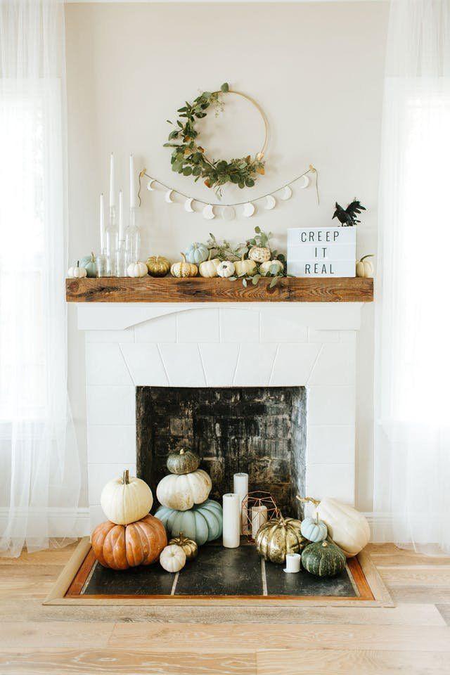 Apartment Halloween Decorating Ideas  Best 25 Halloween decorating ideas ideas on Pinterest