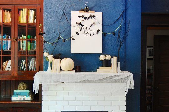 Apartment Halloween Decorating Ideas  25 best ideas about Halloween Decorations Apartment on