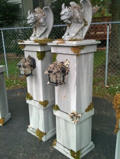 Cemetery Fence Halloween Prop  Halloween cemetery column props with gargoyles and