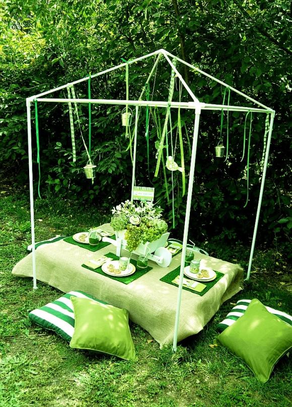 Cheap Backyard Party Ideas  Top 9 Outdoor Table Decor Ideas – Easy & Cheap Backyard
