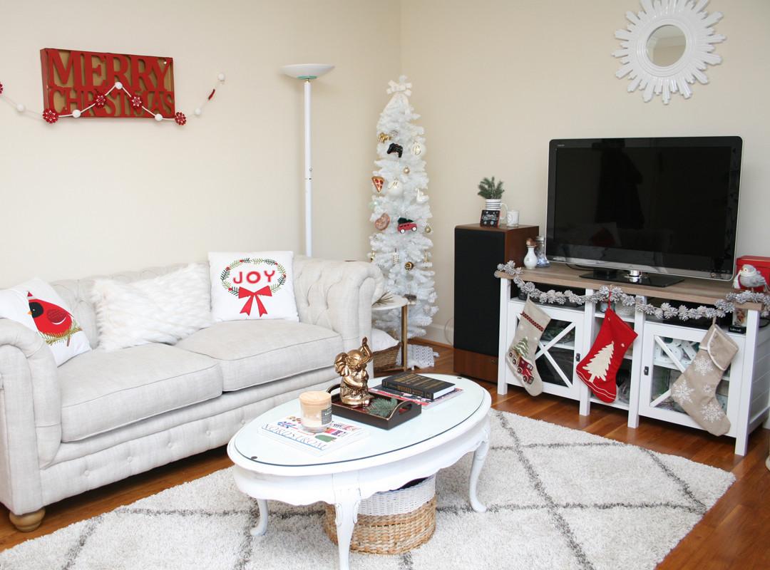Christmas Decorations For Small Apartment  Apartment Tour Christmas Decor