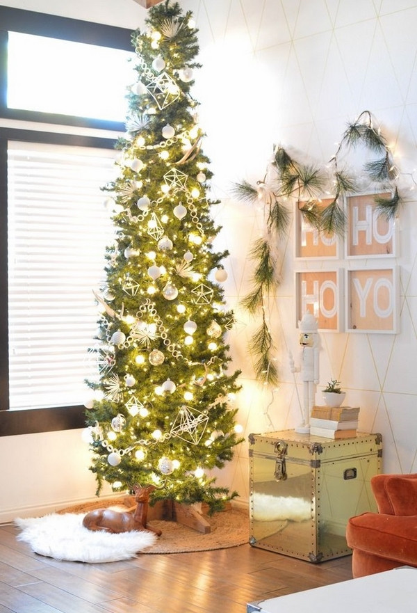 Christmas Decorations For Small Apartment  Adorable pencil Christmas tree ideas – a festive space