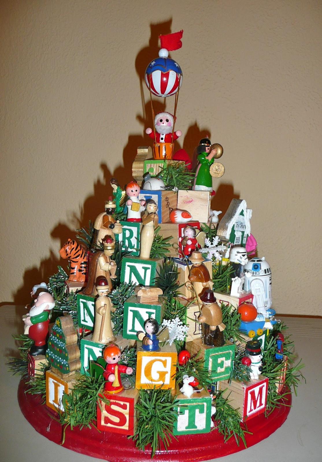 Christmas DIY Crafts  Home Where Story Begins Family Heirloom Children s Block