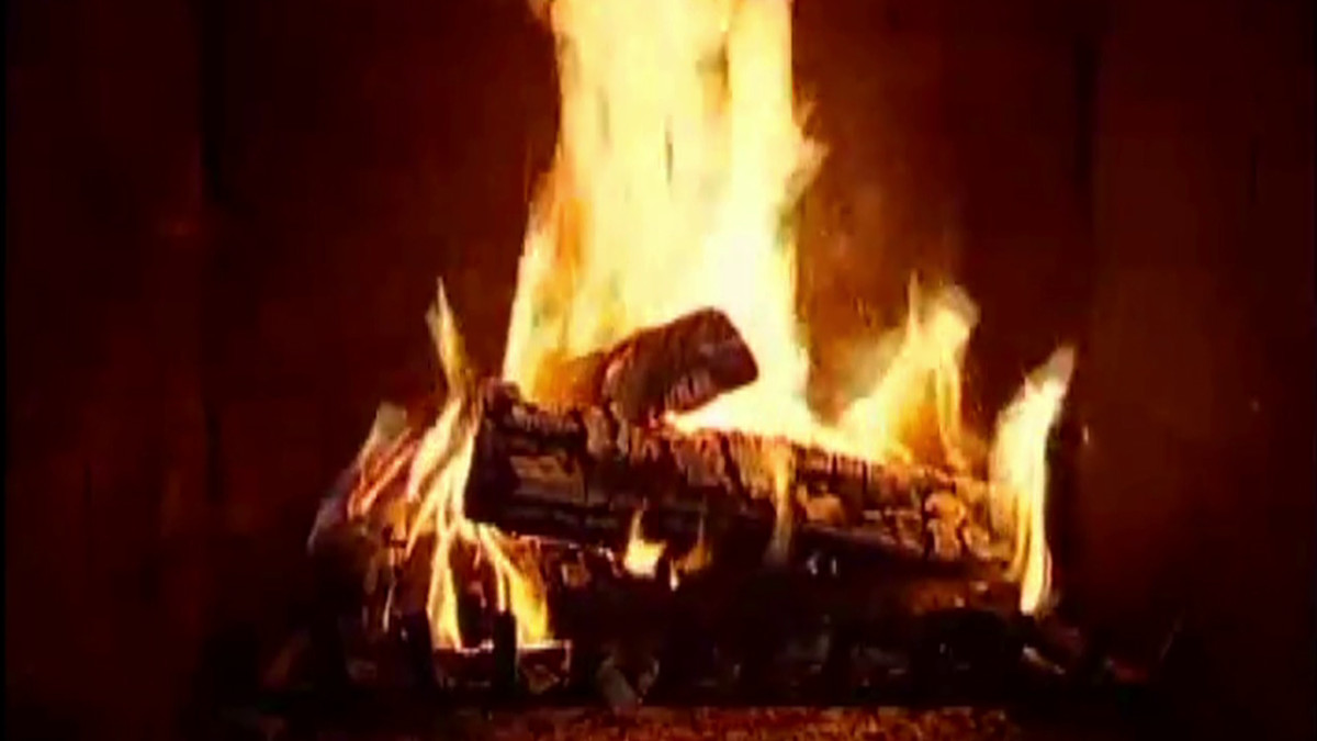 Christmas Fireplace Music  Yule Log Watch our virtual fireplace with Christmas music
