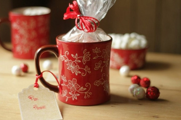 Christmas Mug Gift Ideas  DIY Easy home made Christmas presents for your friends and