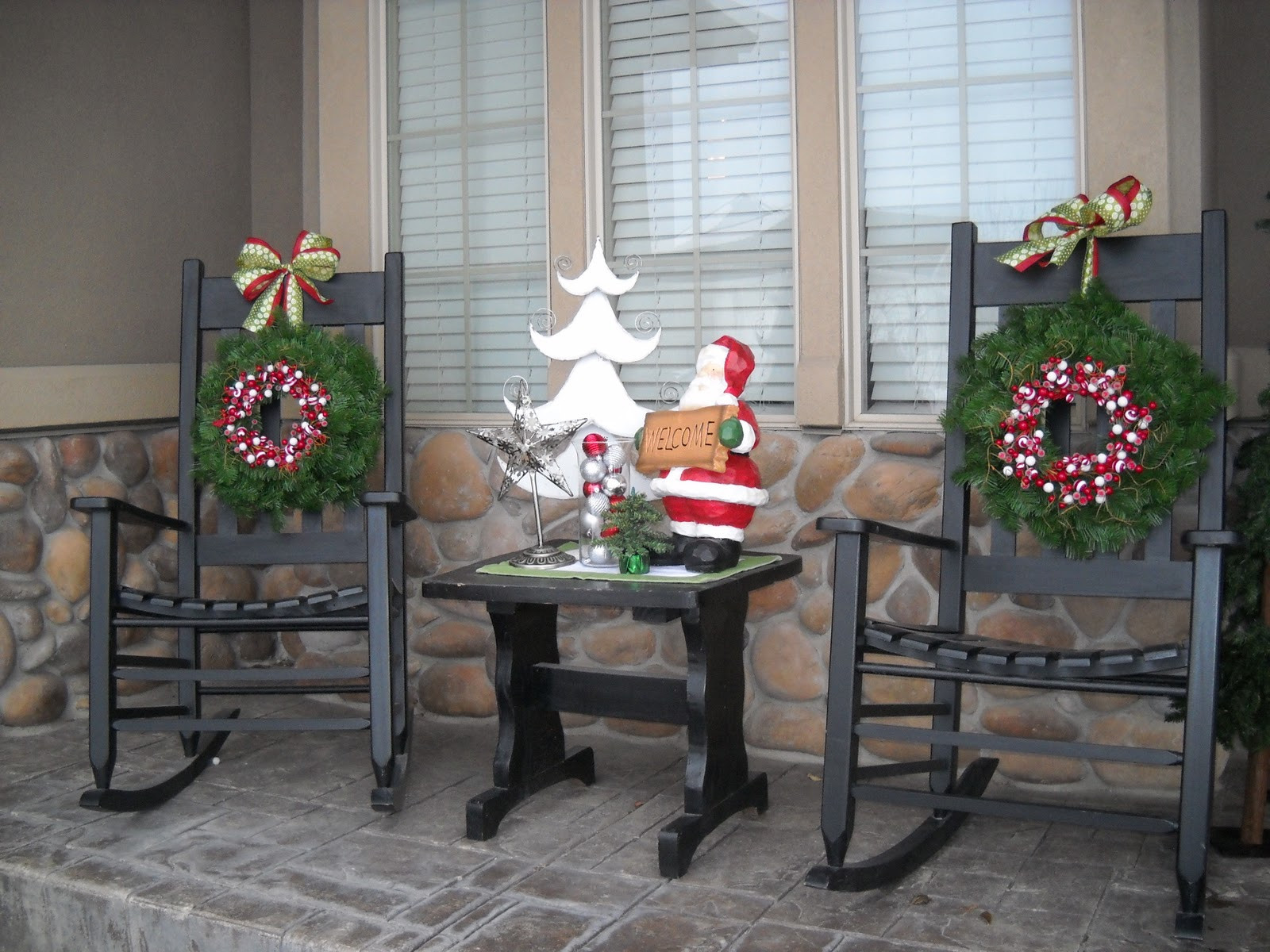 Christmas Porch Decor  Do it Yourself Duo Front porch decor continued