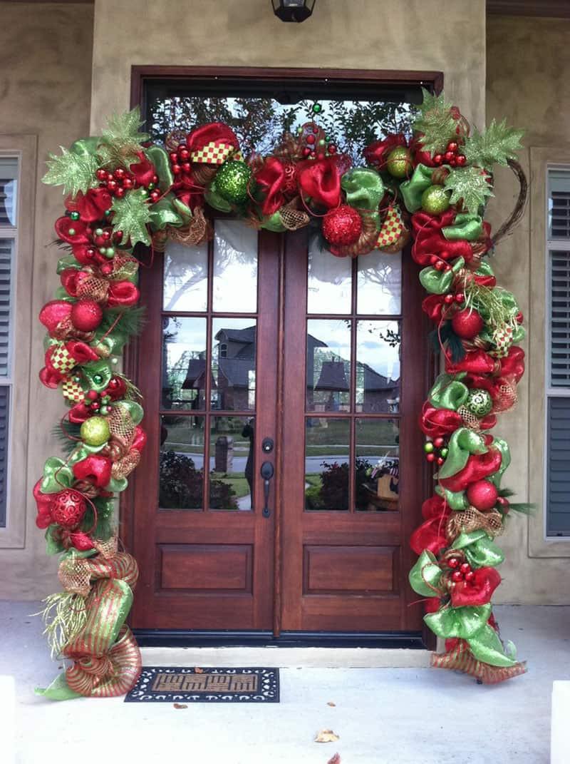 Christmas Porch Decor  40 Stunning Christmas Porch Ideas