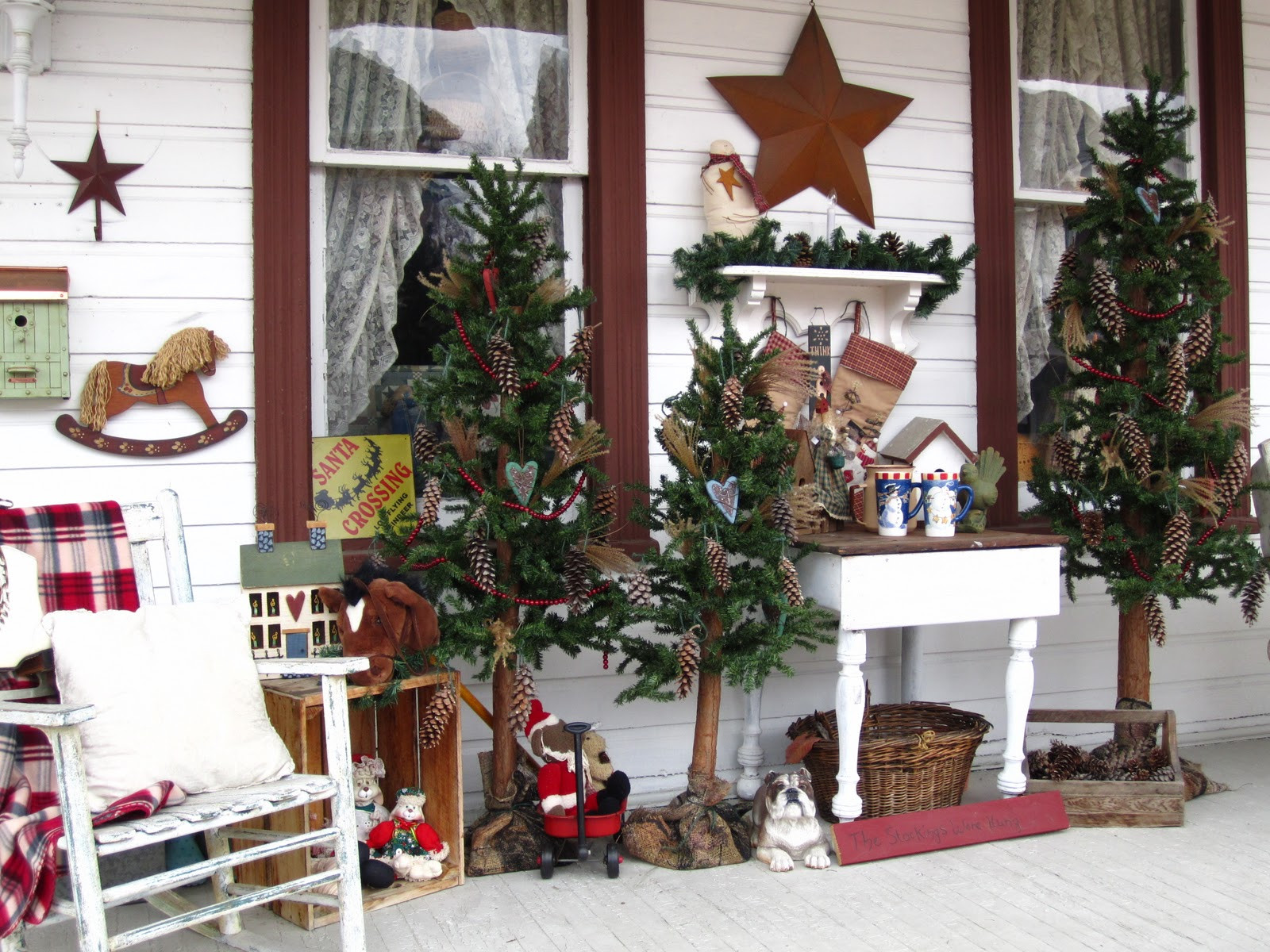 Christmas Porch Decor  SuesJunkTreasures Rustic Country Christmas on my front