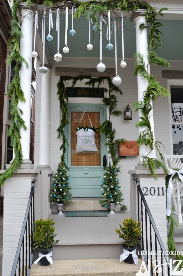 Christmas Rooftop Decorating Ideas  42 Christmas Ideas for Door Porch Decor Four