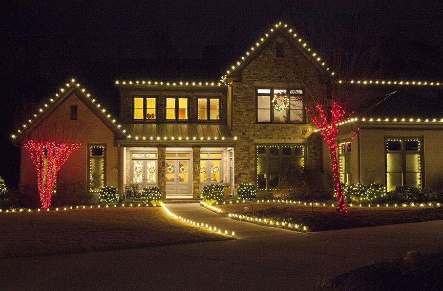 Christmas Rooftop Decorating Ideas  Outdoor Christmas Lights Ideas For The Roof