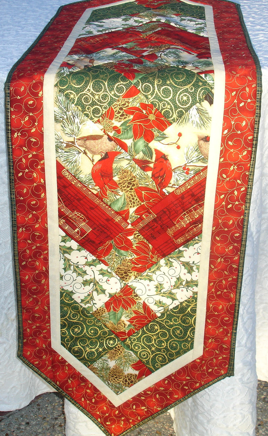 Christmas Table Runner  Christmas Table Runner Quilt Centerpiece Table Topper Red