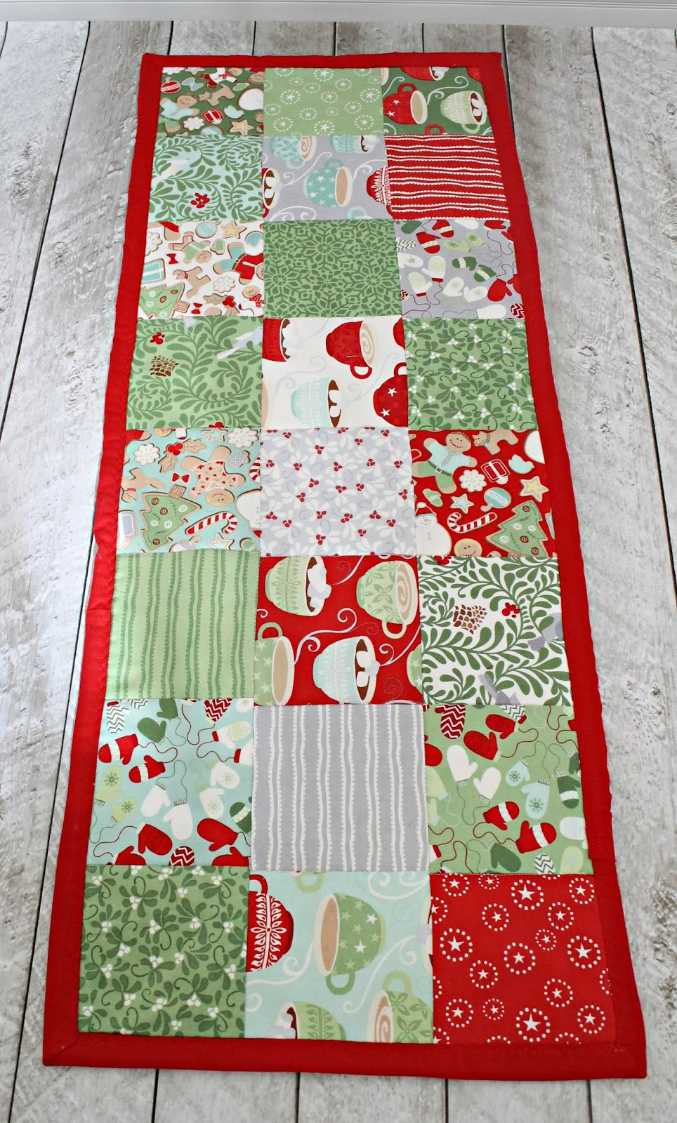 Christmas Table Runner  How to make a simple table runner