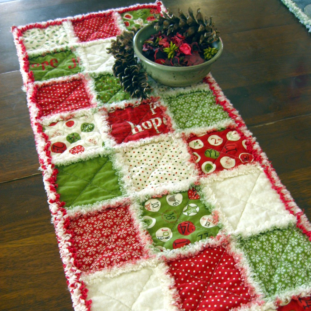 Christmas Table Runner  Two new Country By Design table runners
