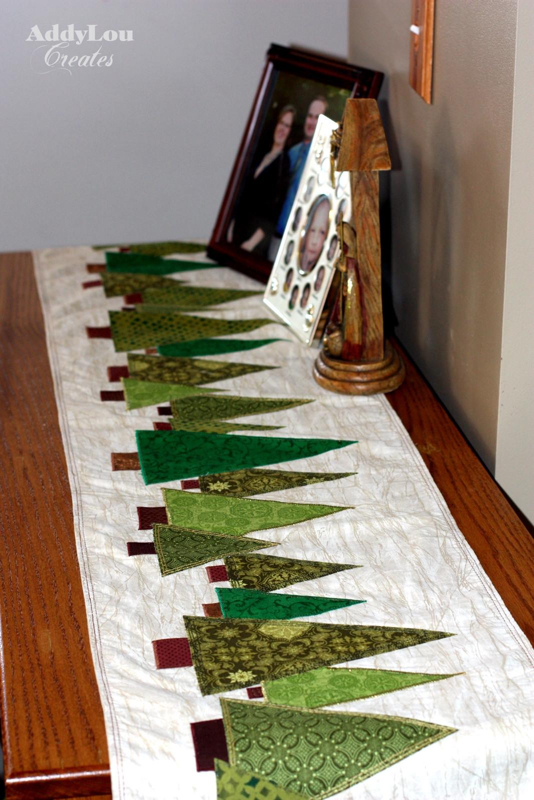 Christmas Table Runner  Quilt Inspiration Free pattern day Christmas Table Runners