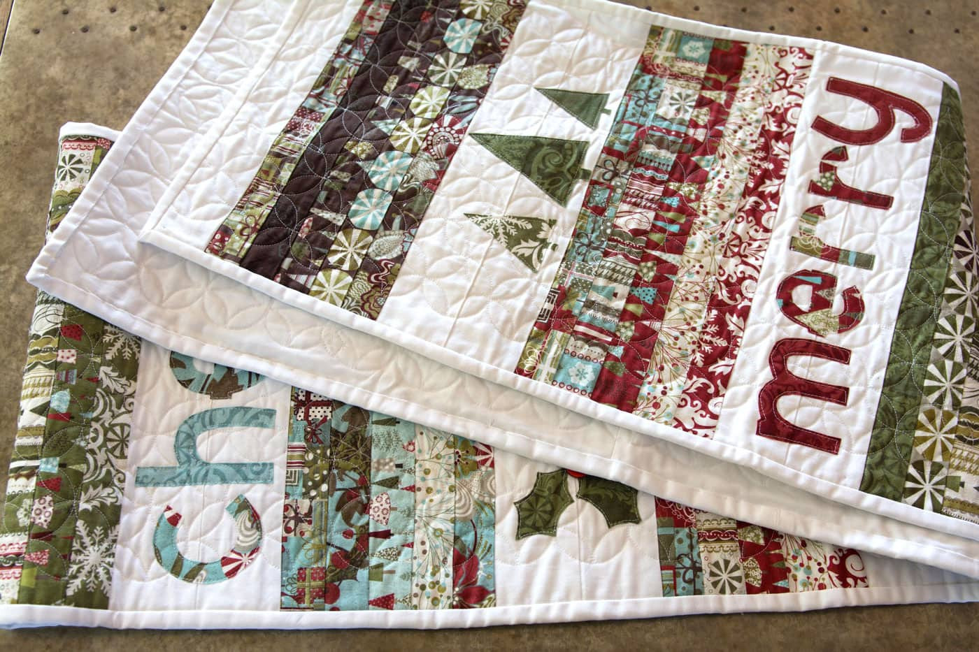 Christmas Table Runner  Merry & Cheer Quilted Christmas Table Runner Pattern The