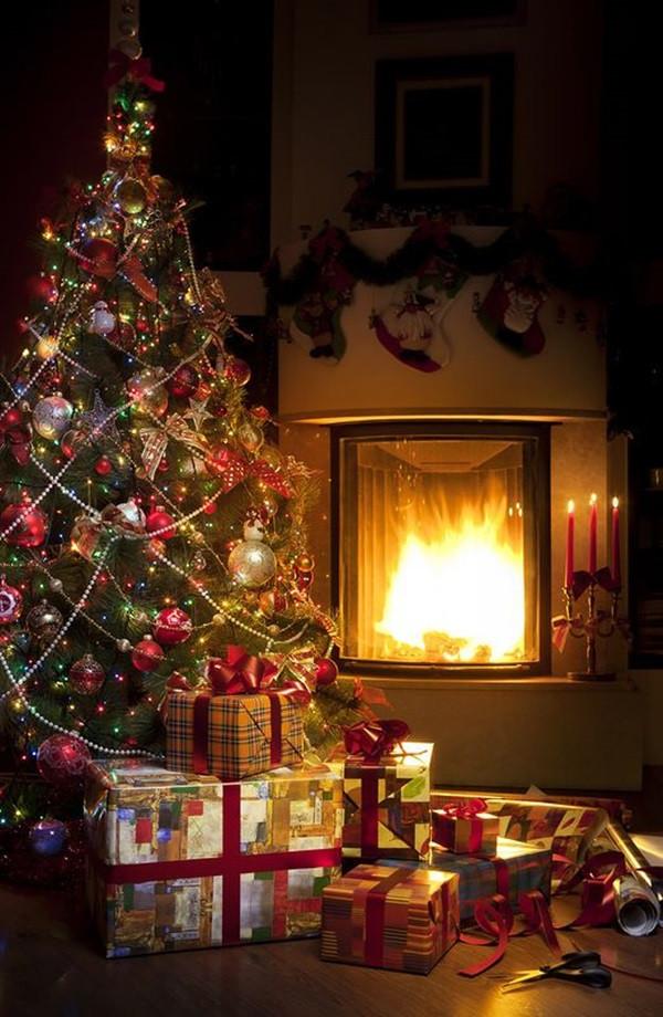 Christmas Tree By Fireplace  40 Christmas Tree Decorating Ideas