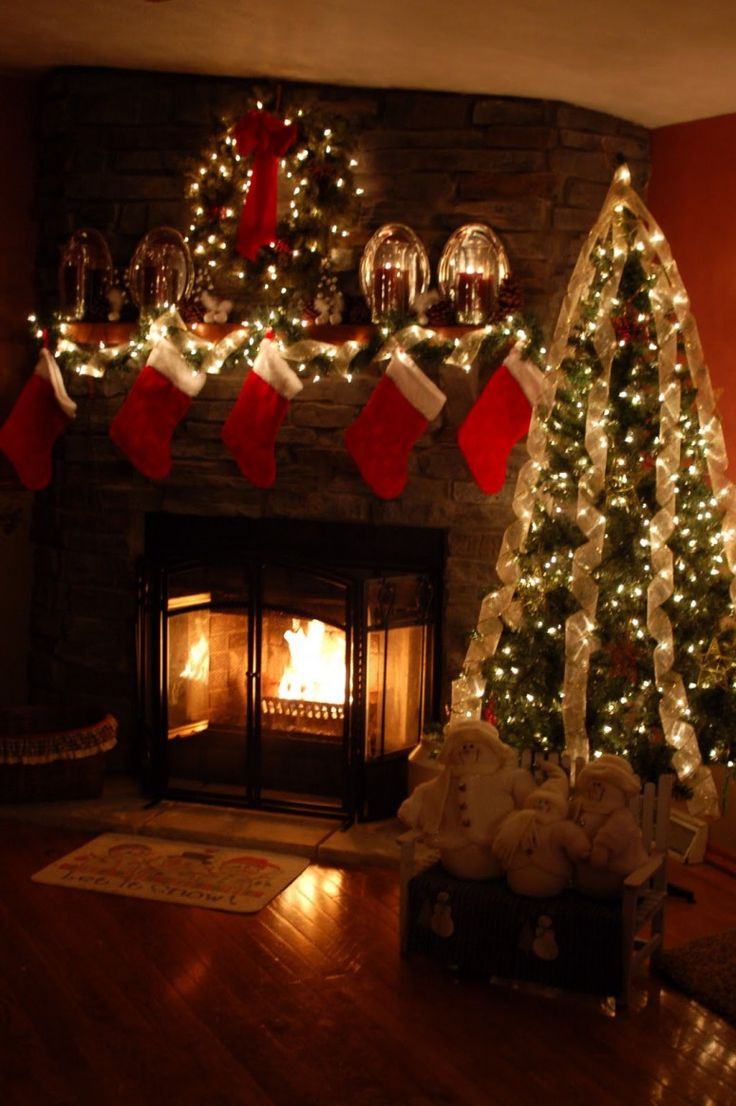 Christmas Tree By Fireplace  Safety Tips for Holiday Decorating Mantels & Fireplaces