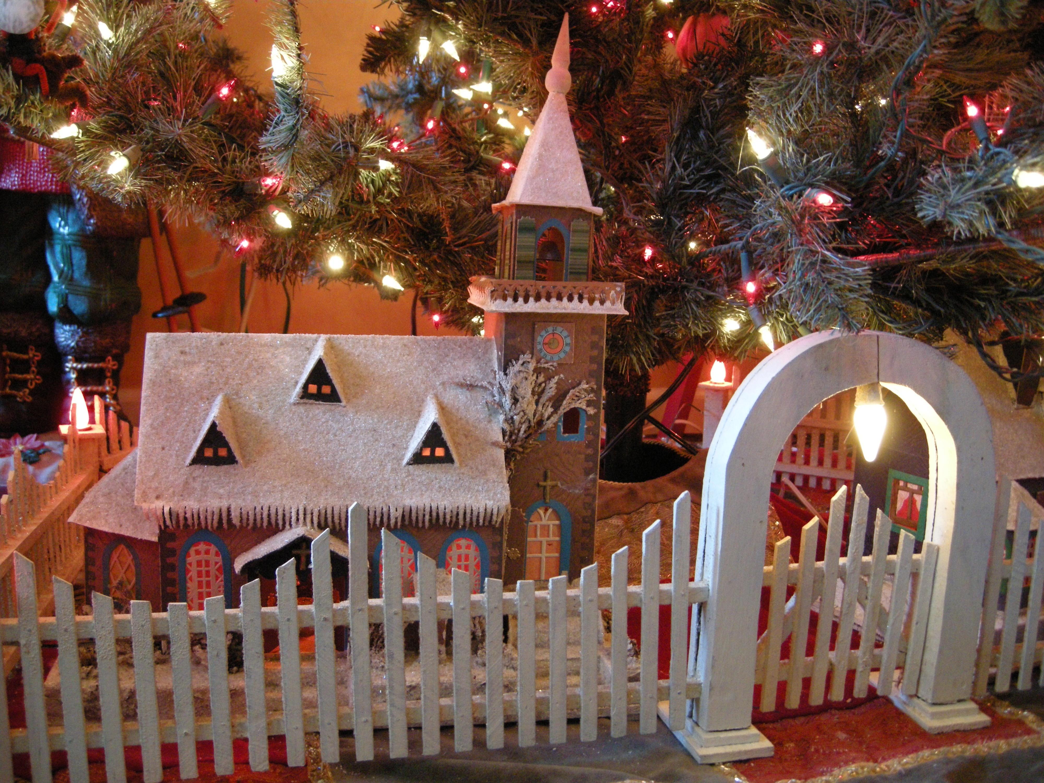 Christmas Tree Fence Indoors  Antique Christmas Tree Fences