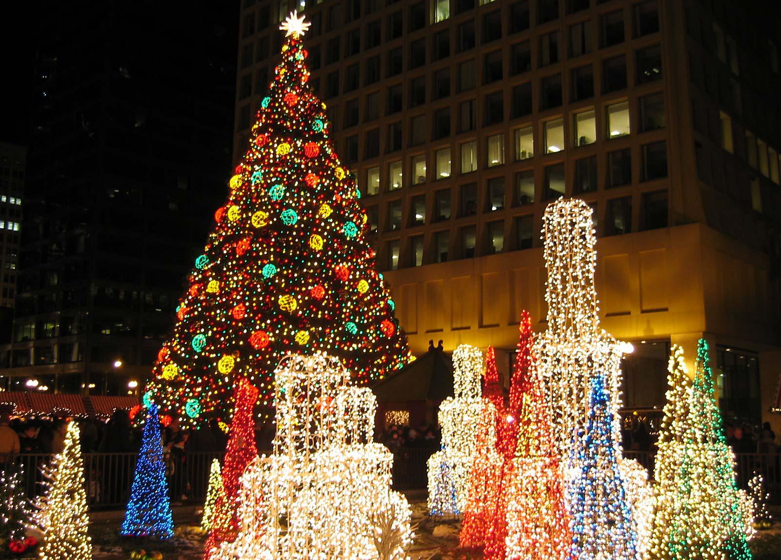 Christmas Tree Lighting Chicago 2019  Christmas in Chicago 2019 Chicago Christmas Market