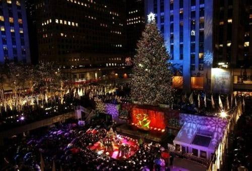 Christmas Tree Lighting Chicago 2019  Rockefeller Center Christmas Tree Lighting 2017