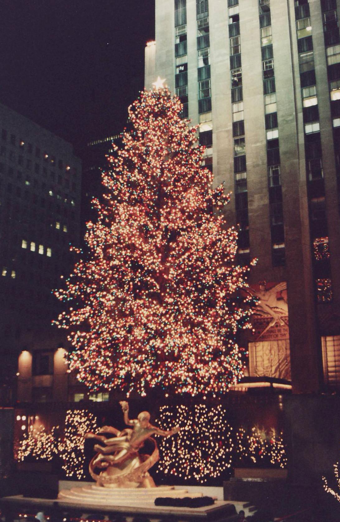 Christmas Tree Lighting Chicago 2019  Rockefeller Center Christmas Tree