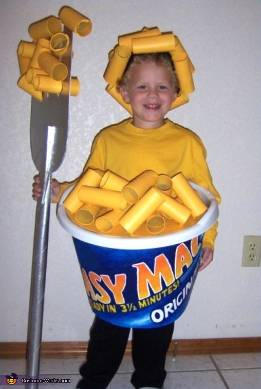 Clever DIY Halloween Costumes  Easy Mac & Cheese Costume