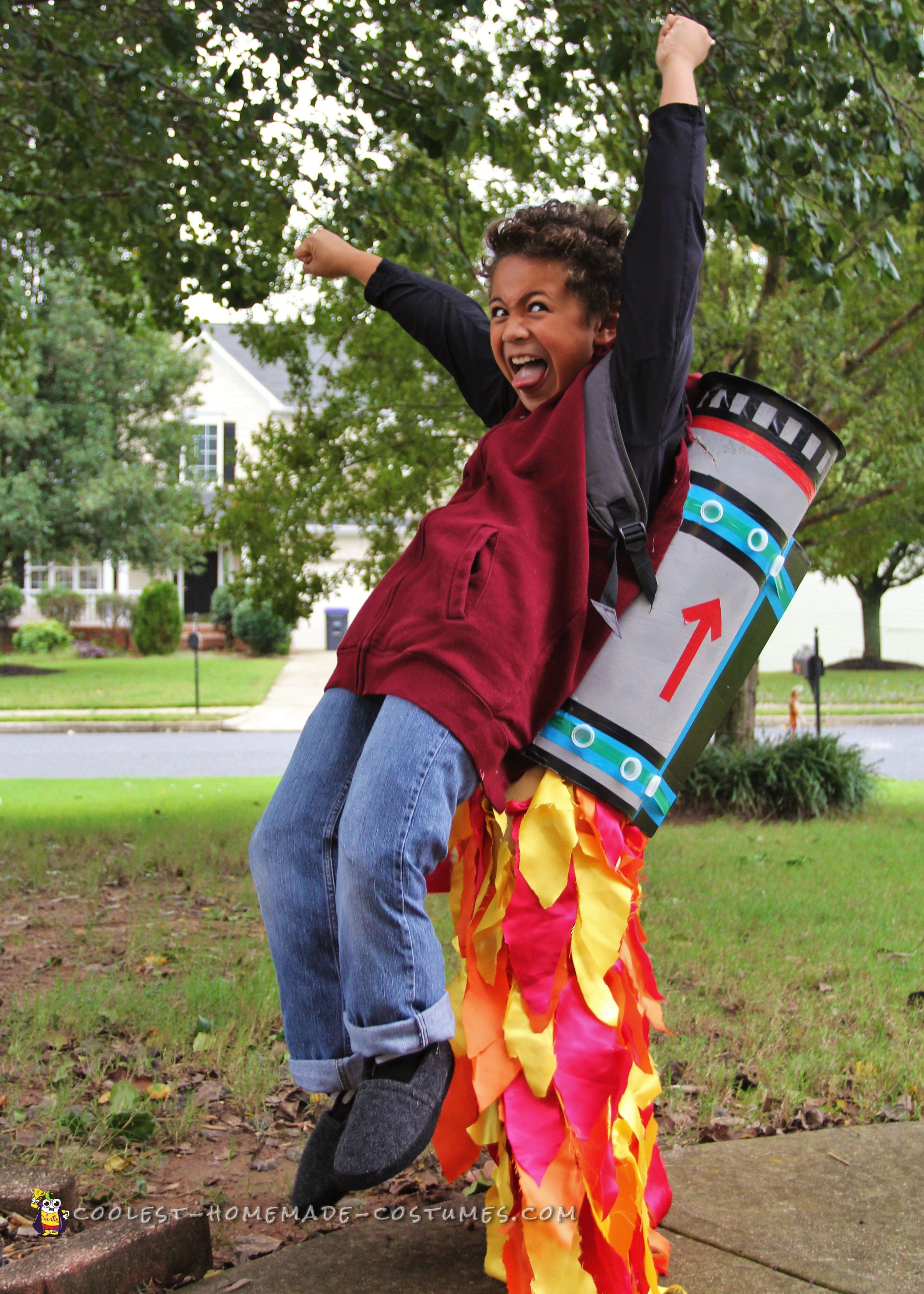 Cool DIY Halloween Costumes  Cool Jet Pack Illusion Costume