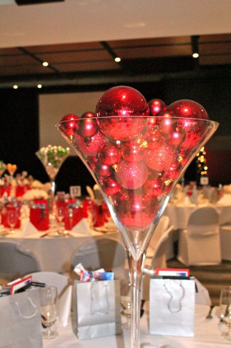 Corporate Christmas Party Ideas  Best 25 pany christmas party ideas ideas on Pinterest