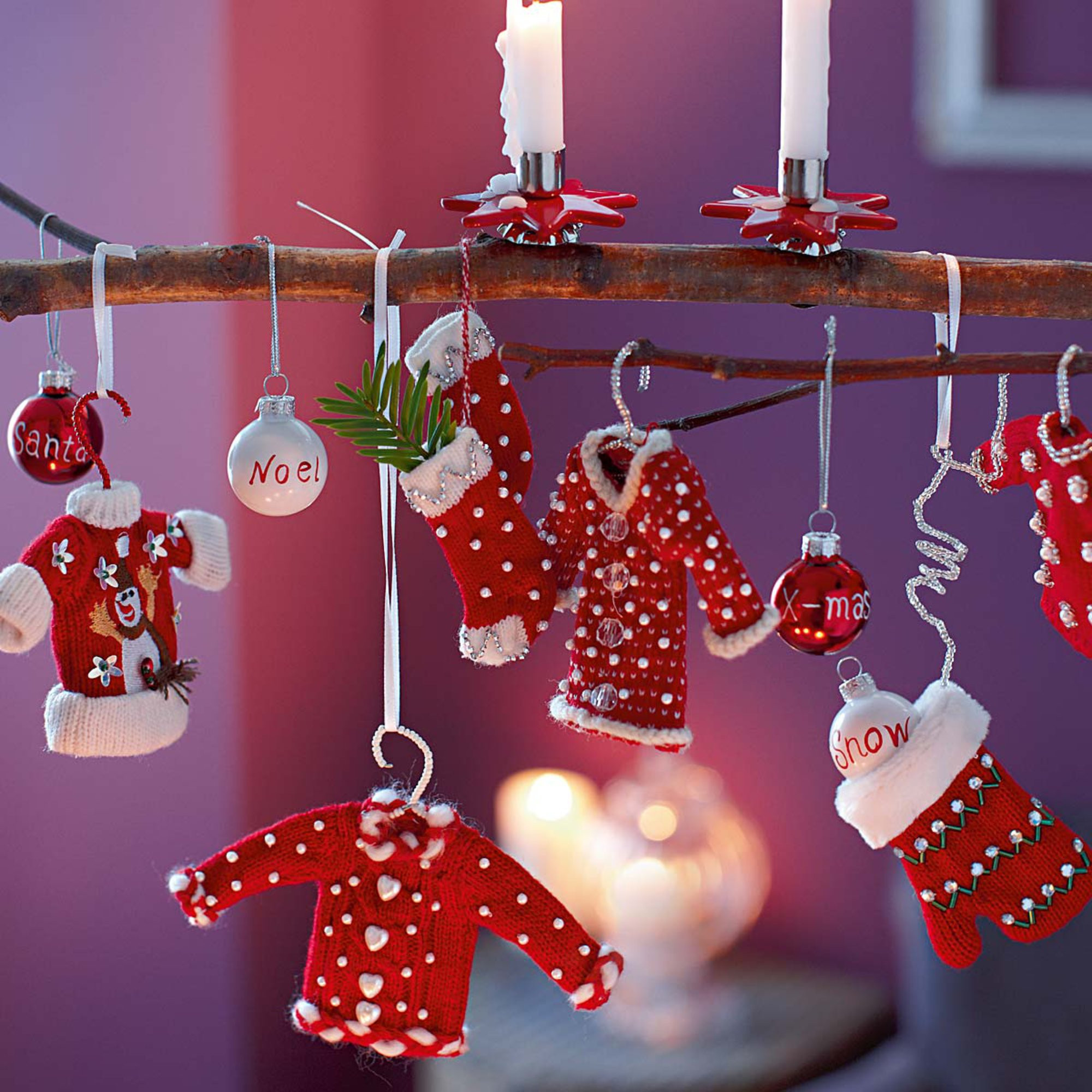 Cute DIY Christmas Decorations  LET THE TRADITION REMAIN INTACT WITH THE TYPICAL RED