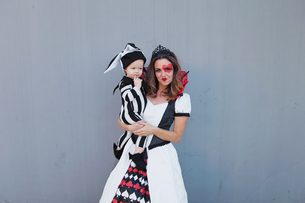 Deck Of Cards Halloween Costumes  DIY QUEEN OF HEARTS FAMILY COSTUME Tell Love and Party