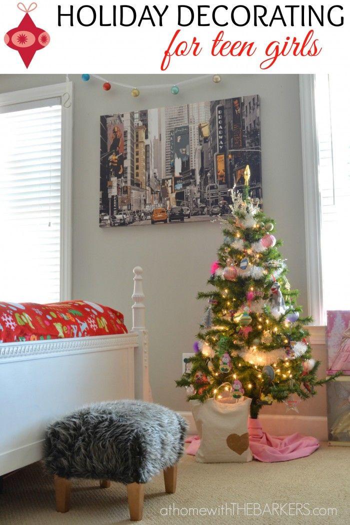 DIY Christmas Bedroom Decor  Best 25 Christmas room decorations ideas on Pinterest