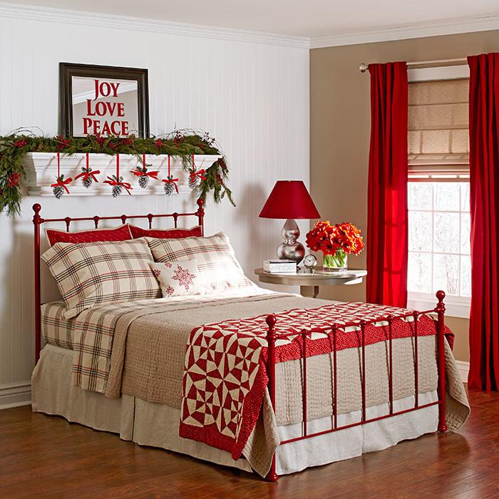 DIY Christmas Bedroom Decor  10 Christmas Bedroom Decorating Ideas Inspirations
