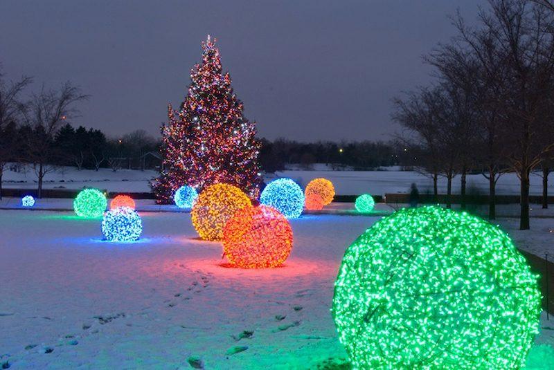 DIY Christmas Light Balls  How to Make Outdoor Light Ball DIY & Crafts Handimania