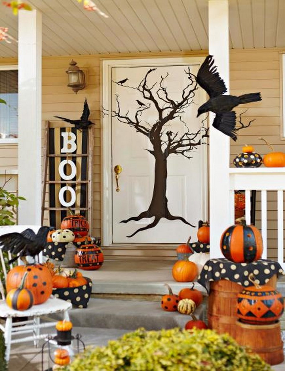 Diy Halloween Porch Decorations  Cute Halloween Front Porch Decorations to Greet Your Guests