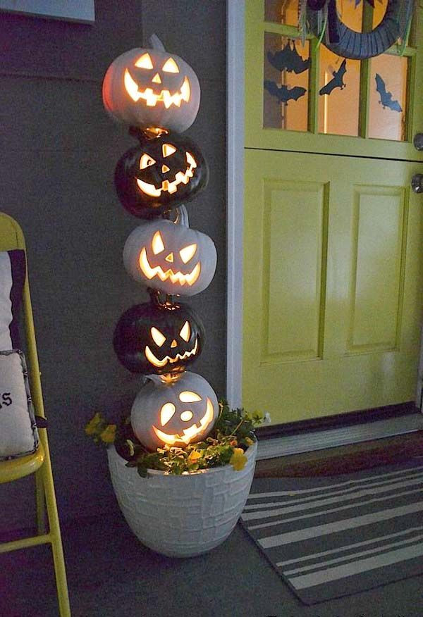 Diy Halloween Porch Decorations  25 best Halloween decorating ideas on Pinterest