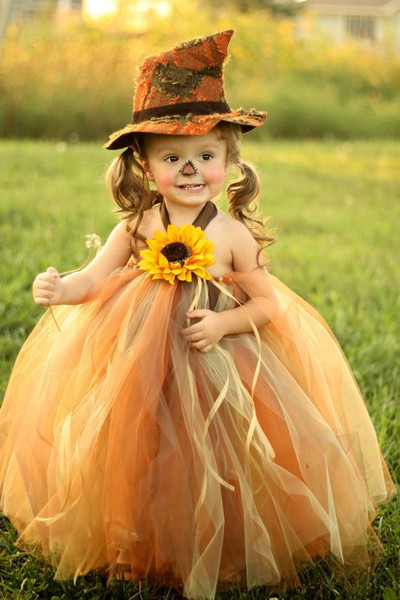 DIY Scarecrow Costume  DIY Halloween Costume Ideas for Kids You Will Love