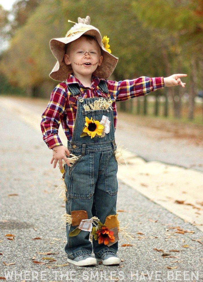 DIY Scarecrow Costume  Easy & Adorable DIY Scarecrow Costume That s Perfect for