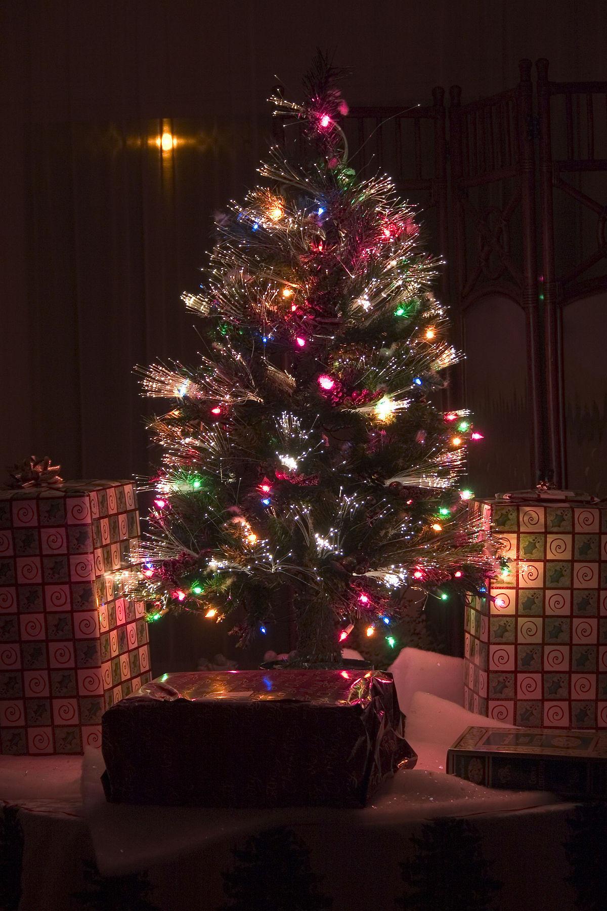 Fiber Optic Christmas Lighting  Artificial Christmas tree